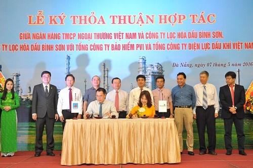 Vietcombank và Công ty lọc hóa dầu Bình Sơn ký kết thỏa thuận hợp tác toàn diện