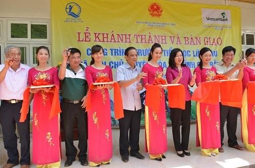 Vietcombank bàn giao Trường Tiểu học Lũng Lìu Cao Bằng