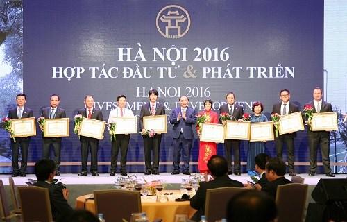 Vietcombank nhận bằng khen của Thủ tướng Chính phủ