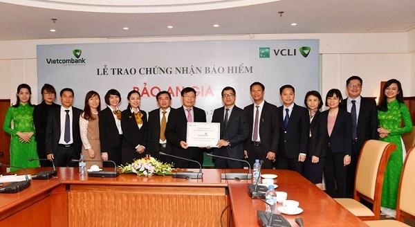 Vietcombank tham gia Bảo hiểm Bảo An Gia cho cán bộ, nhân viên