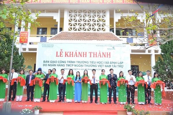 Vietcombank bàn giao Trường tiểu học tại Lạng Sơn