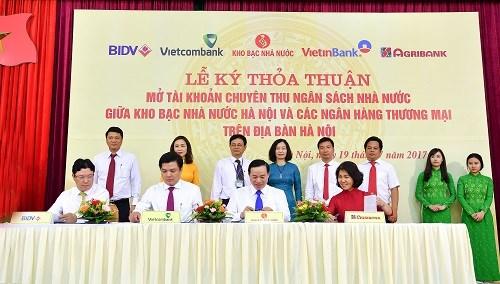 Vietcombank tiếp tục phối hợp với Kho bạc Nhà nước thu ngân sách tại Hà Nội