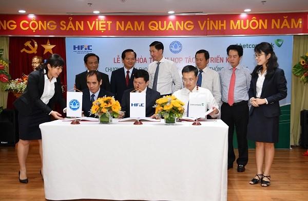 Vietcombank, HFIC và Sawaco hợp tác phát triển hệ thống cấp nước sạch