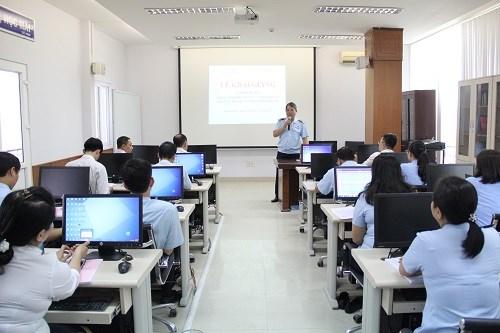 Chú trọng đào tạo, nâng cao chất lượng cán bộ công chức
