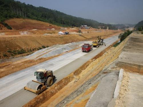 Thêm cơ hội cho nhà đầu tư trong lĩnh vực xây dựng công trình giao thông