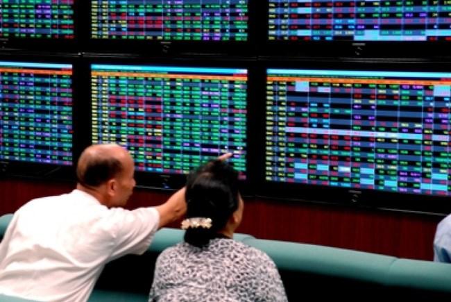 Dòng tiền thông minh có giúp VN–Index giữ được sắc xanh?