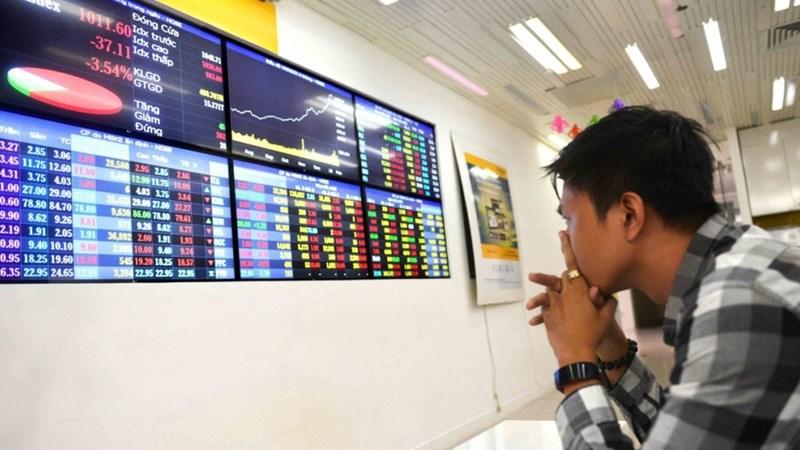 VN-Index: Chờ lực đỡ từ kết quả kinh doanh quý III?