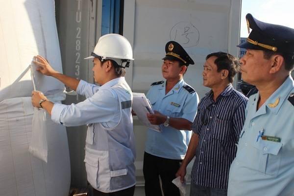 Kiểm tra chuyên ngành phải tạo thuận lợi cho hoạt động xuất nhập cảnh