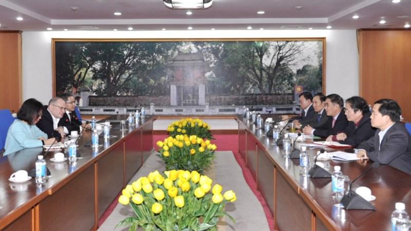 Thứ trưởng Trần Xuân Hà tiếp Chủ tịch Tập đoàn Ngân hàng HSBC