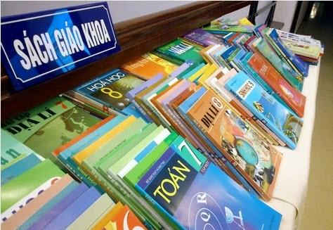 Giá bán sách giáo khoa tăng từ 1.000-1.800 đồng/cuốn