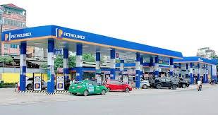 Petrolimex gặp nhiều khó khăn do biến động giá dầu