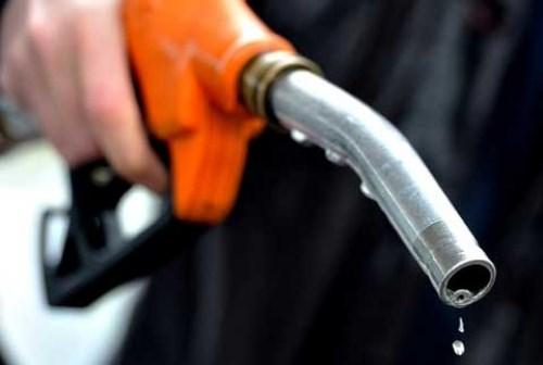 Xăng tăng giá tác động như thế nào tới cước vận tải, hàng tiêu dùng?