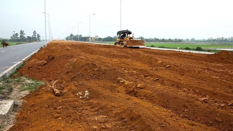 Việc giao đất chỉ định 07 dự án BT cho nhà đầu tư là trái với quy định của Luật Đất đai