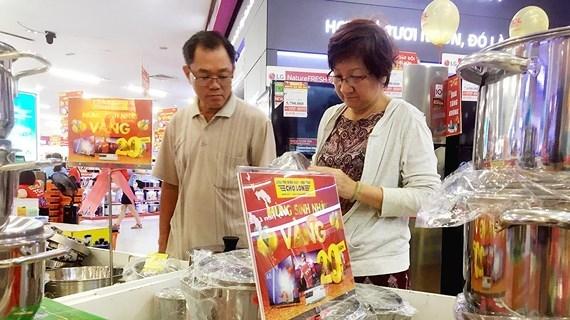 """Loạn hàng hóa """"Made in Việt Nam"""" nhưng xuất xứ nước ngoài"""
