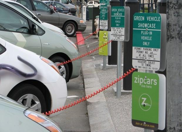 Liên hợp quốc cảnh báo tác động của thời kỳ bùng nổ sản xuất pin xe điện