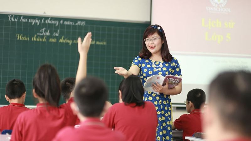 Quy định mới về tuyển dụng CCVC có áp dụng cho giáo viên?