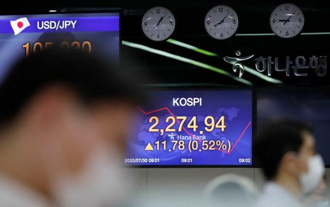 Thông tin Thủ tướng Abe từ chức khiến TTCK Nhật Bản lao dốc, đồng yên tăng vọt