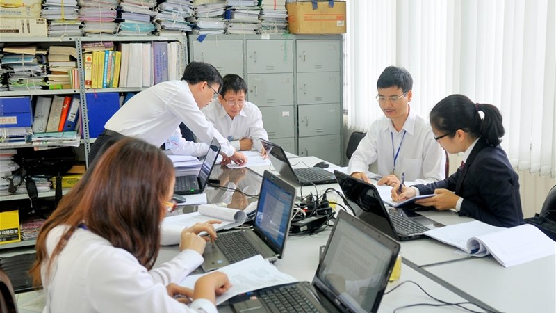 Vận dụng phân tích chi phí - khối lượng - lợi nhuận trong doanh nghiệp sản xuất