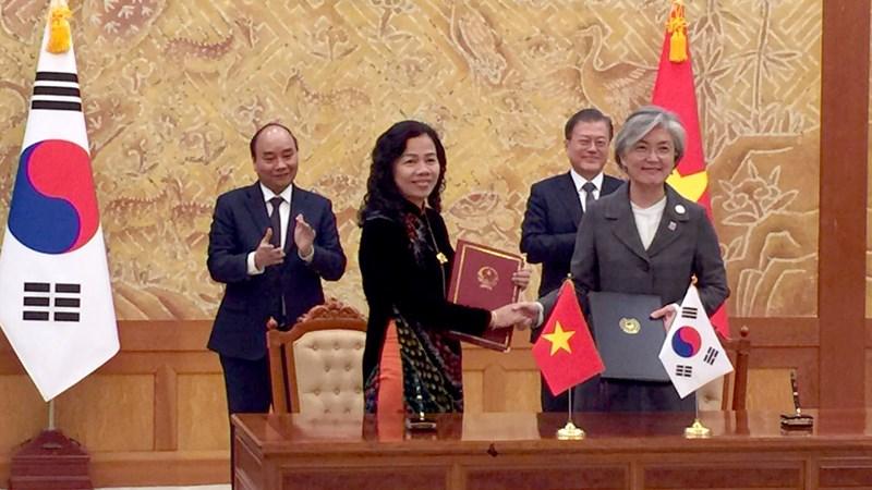 Việt Nam và Hàn Quốc ký Nghị định thư thứ hai sửa đổi Hiệp định tránh đánh thuế hai lần