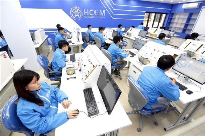 Một số vấn đề về giáo dục nghề nghiệp trong bối cảnh hội nhập quốc tế