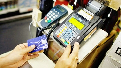 Đẩy mạnh các giải pháp thanh toán không dùng tiền mặt