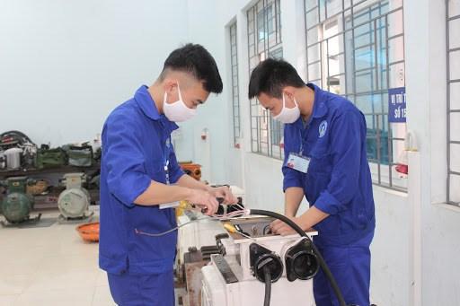 Phát triển nhân lực có kỹ năng nghề trong tình hình mới