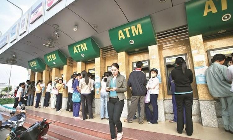 Ngân hàng Nhà nước yêu cầu không để ATM hết tiền