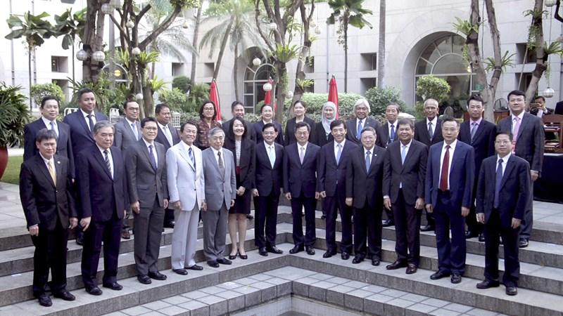 Hội nghị Bộ trưởng Tài chính và Thống đốc Ngân hàng Trung ương ASEAN+3