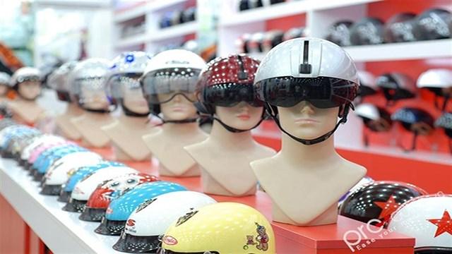 Bãi bỏ điều kiện kinh doanh mũ bảo hiểm