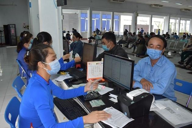 Hành khách được đổi, trả vé, hoặc thay đổi lịch trình vé tàu, máy bay do dịch bệnh