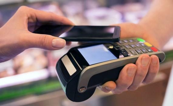 Nhiều khoản phí dịch vụ thanh toán được miễn, giảm từ ngày 25/2