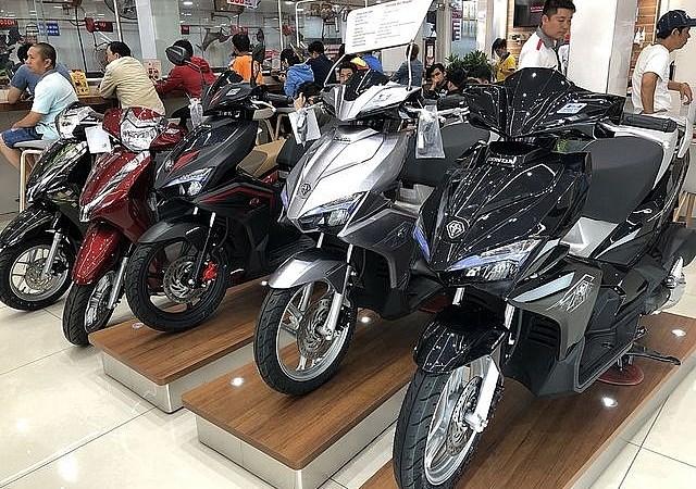 Giá xe máy giảm mạnh sau Tết