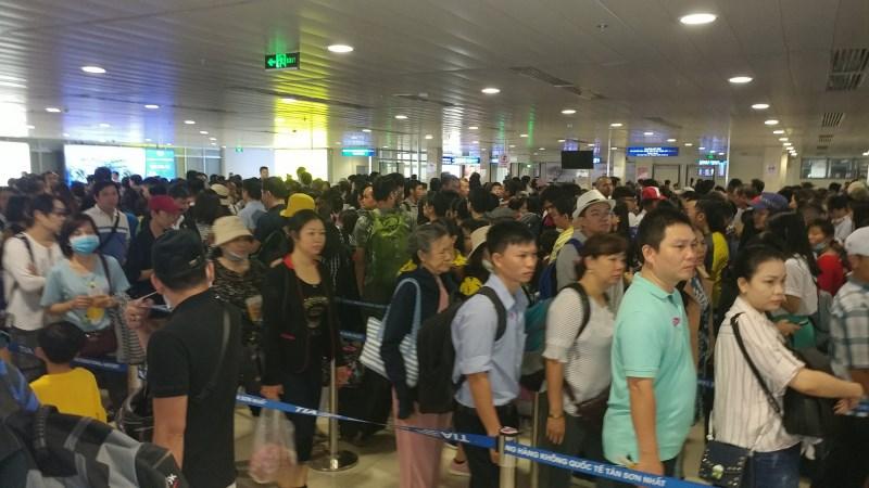 Tăng 8.700 chuyến bay nội địa và quốc tế phục vụ kỳ nghỉ lễ 30/4