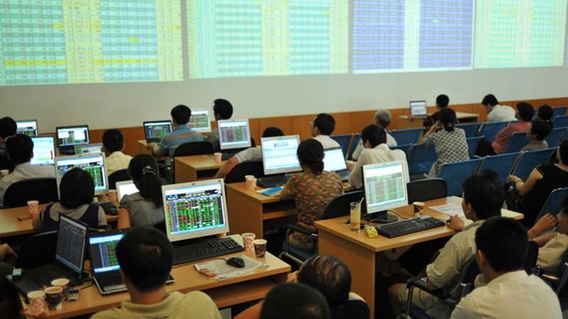 Giao dịch cổ đông nội bộ có tác động VN-Index?