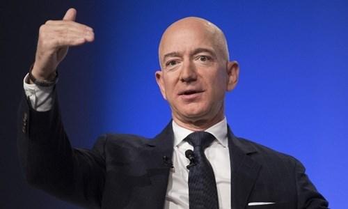 Người giàu nhất thế giới được trả lương như thế nào?