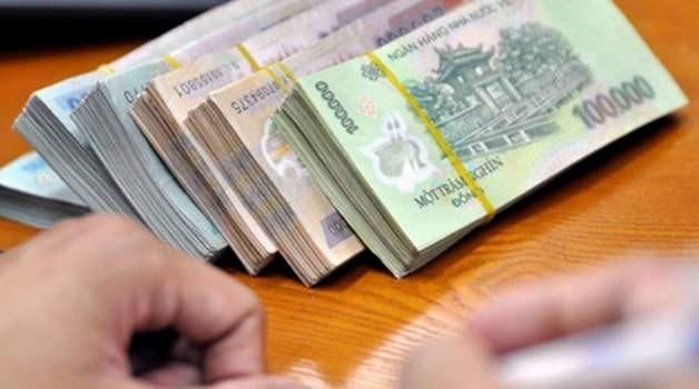 Tổ chức kinh tế rút hơn 190.000 tỷ đồng tiền gửi trong 2 tháng đầu năm