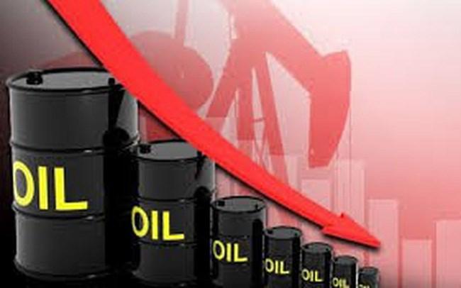 Đừng thờ ơ với giá dầu giảm