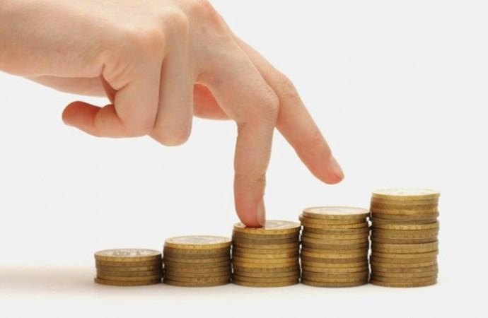 Lùi thời hạn tăng lương cơ sở để giảm áp lực lên ngân sách nhà nước