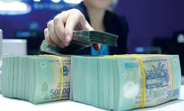 Vốn ngắn hạn cho vay trung dài hạn: Rủi ro cho cả ngân hàng và doanh nghiệp