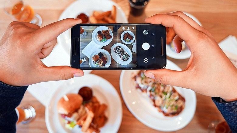 Nhân tố ảnh hưởng đến hành vi mua thức ăn nhanh qua Internet của người tiêu dùng tại TP. Đà Nẵng