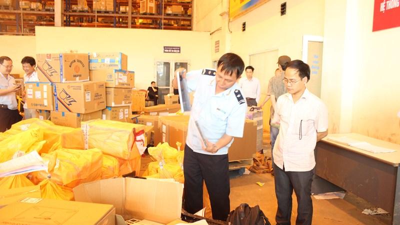 Hà Nội: Thu ngân sách gần 1.450 tỷ đồng từ công tác chống buôn lậu, gian lận thương mại