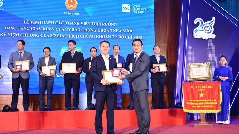 Bảo Việt tự hào hợp sức vì sự phát triển bền vững của thị trường chứng khoán Việt Nam