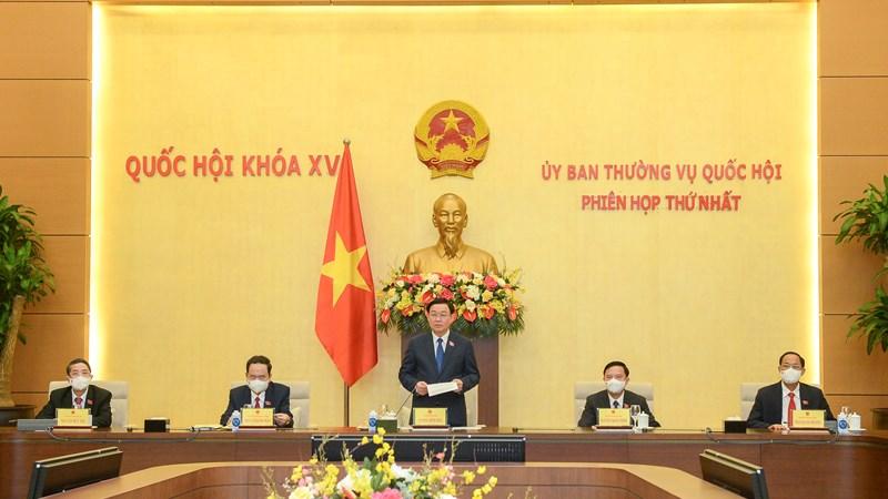 Ủy ban Thường vụ Quốc hội khóa XV tiến hành họp Phiên thứ nhất