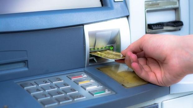"""Lỗ hổng thất thoát"""" trong giao dịch ngân hàng"""