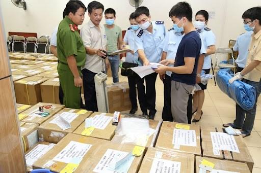 Hà Nội đẩy mạnh tuyên truyền phòng, chống buôn lậu, sản xuất, kinh doanh hàng giả, kém chất lượng