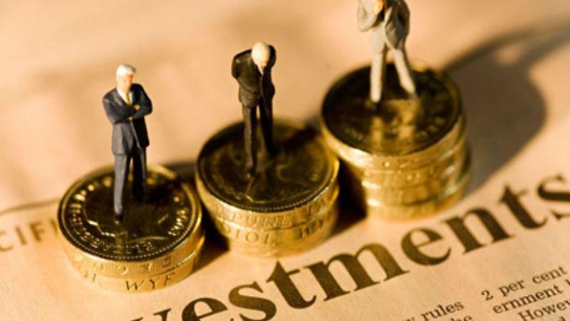 VN-Index giảm 0,9% so với cùng kỳ, nhà đầu tư ngoại vẫn