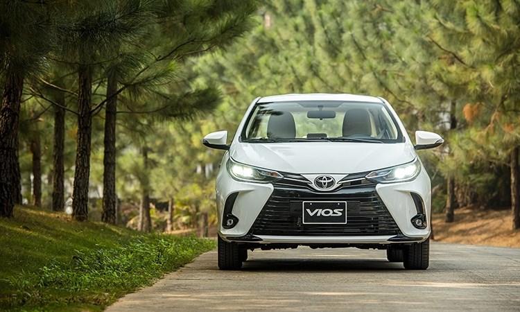 Gần 9.000 xe ô tô bán ra thị trường trong tháng 8