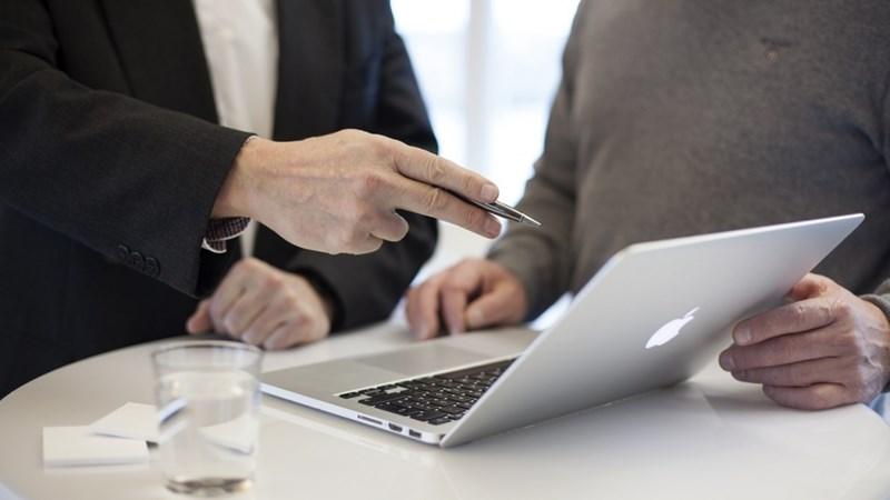 Các nhân tố ảnh hưởng đến quyết định vay vốn ngân hàng của khách hàng cá nhân ở TP. Huế
