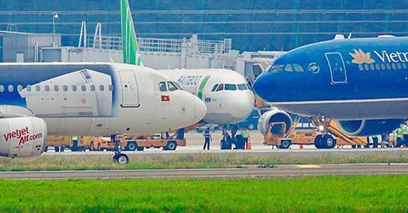 Bộ Tài chính yêu cầu các hãng hàng không thực hiện việc niêm yết giá vé theo quy định
