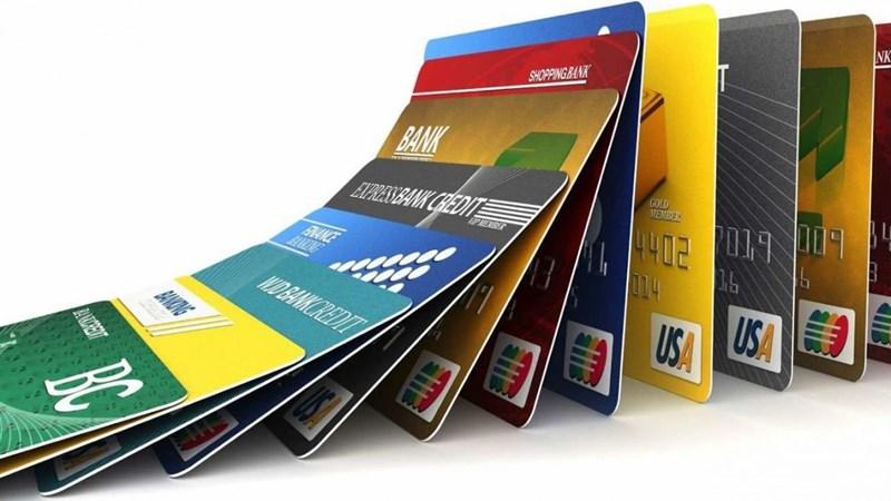 Thẻ tín dụng tung chiêu ưu đãi khủng mùa cuối năm